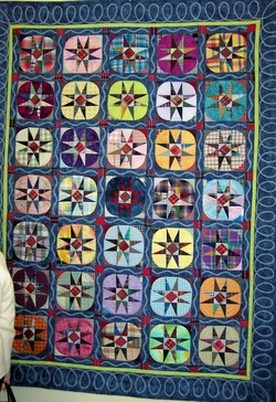 Star_quilt_embroidered_sashing_1